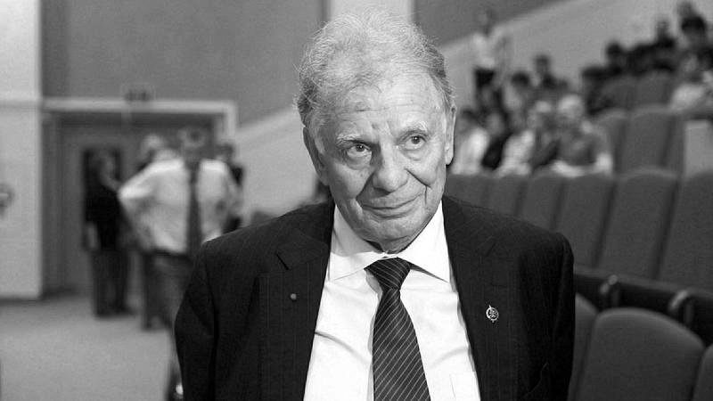 Нобелевский лауреат Жорес Алферов похоронен в С-Петербурге